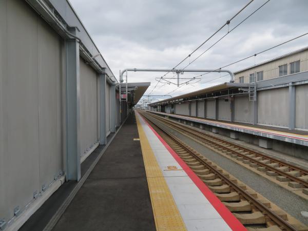 衣摺加美北駅2