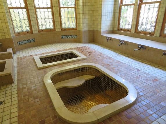 7R15 ローマ風浴室 0701
