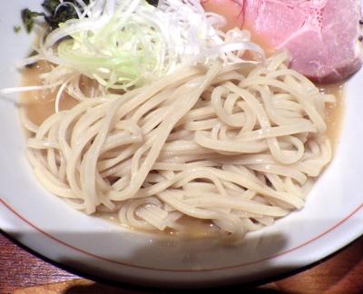 麺と心 7 冷やし雲丹ラーメン(麺のアップ)