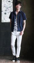 メンズファッション 夏コーディネート 白パンツ 大人カジュアル1