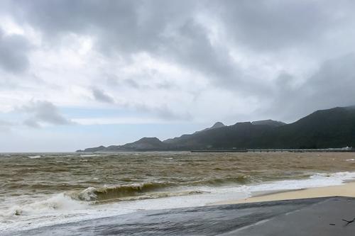 台風6号~ビーチパトロールへ