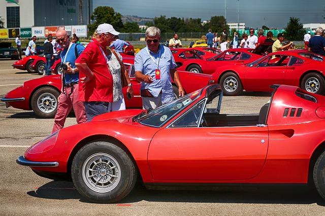 car-dino-50years-09.jpg