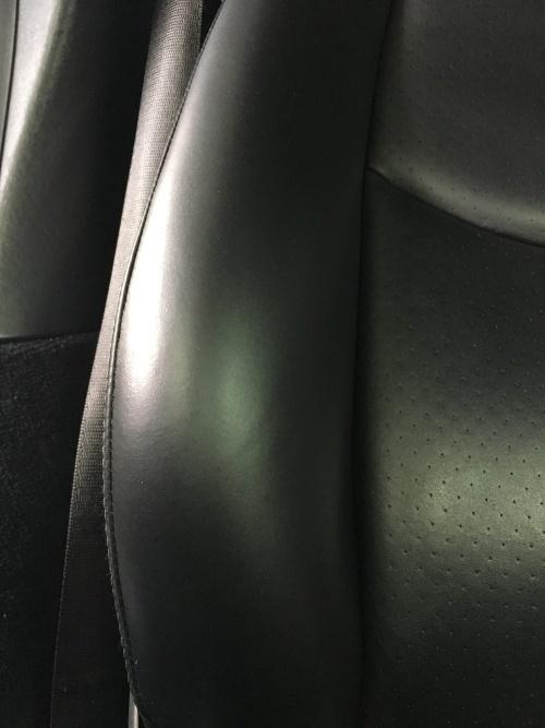 レザーシート ひび割れ補修 ポルシェ911ターボ(997)
