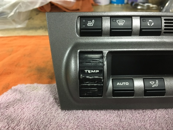 エアコンスイッチ 塗装剥がれ補修ポルシェ997
