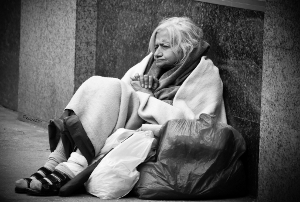 homeless-old-woman敏恵の未来