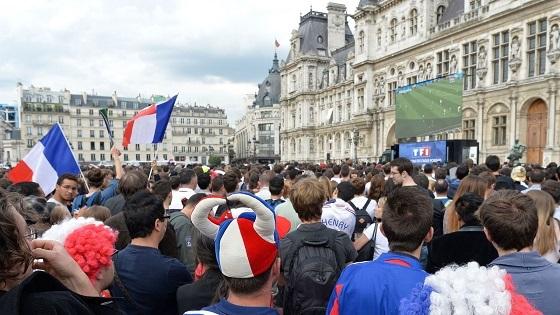 フランス・ベルギー戦、パリのファン・ゾーン