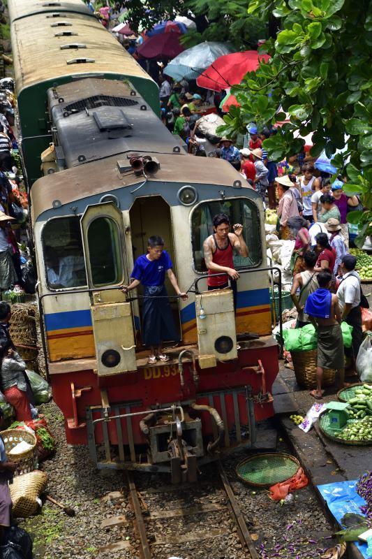 myanmar201807_30027_00001take1_00001ダニンゴン