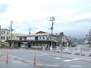 青島食堂 宮内駅前店 (2)