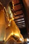 220px-Reclining_buddha_Wat_pho1.jpg