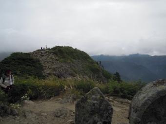 長野県側雨飾り山山頂180728