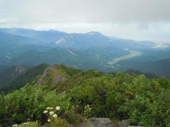長野県側山頂から180728