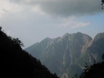 ノコギリ山180804