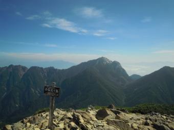 小仙丈ケ岳から甲斐駒、鋸山180805