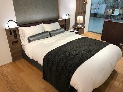 ホテル仕様ベッド