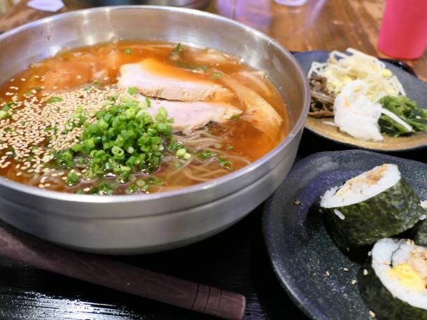 手打冷麺定食