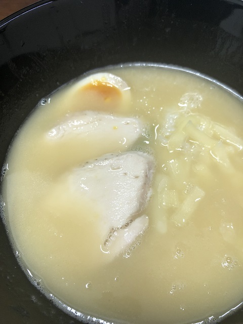 らーめん 蔵花 鶏白湯ラーメン2