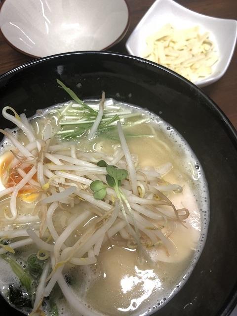 らーめん 蔵花 鶏白湯ラーメン1