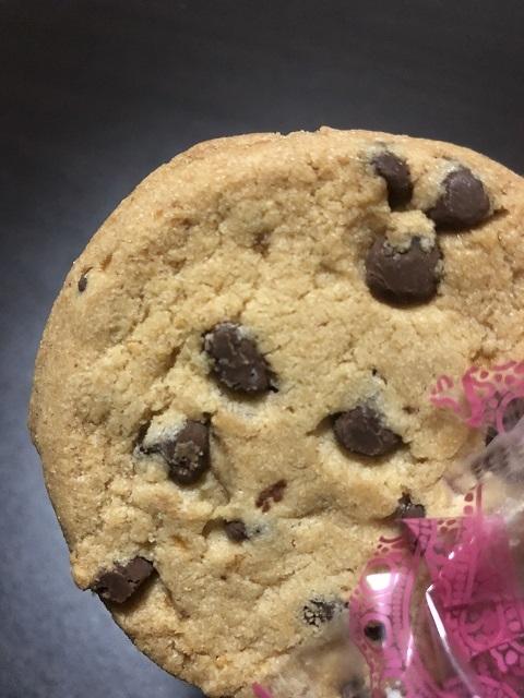 ステラおばさんのクッキーサンドアイス <チョコチップクッキー>2