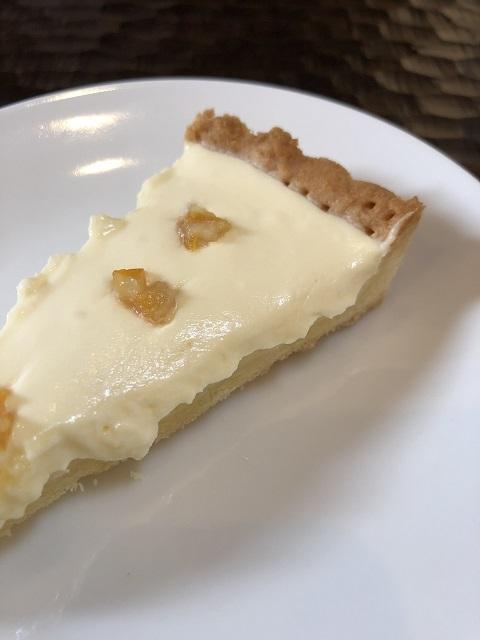 カフェ ギャラリー ジュジュ レアチーズのタルト