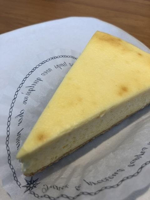 キュリオ ミディアムチーズケーキ