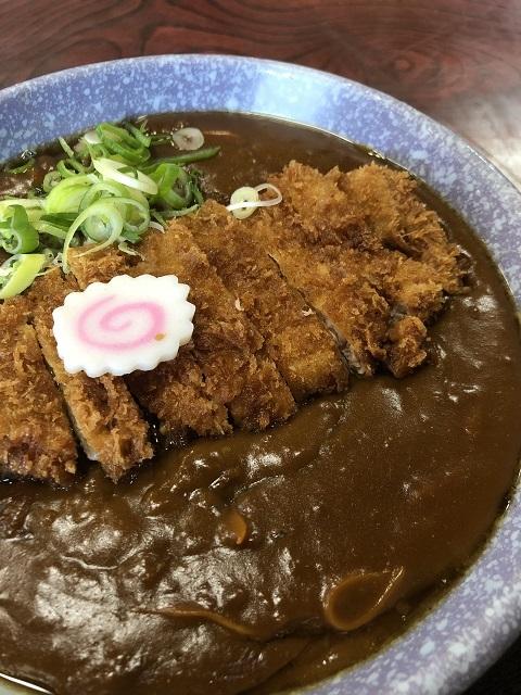 お食事処 淀川屋 支店 特製! カツカレー中華