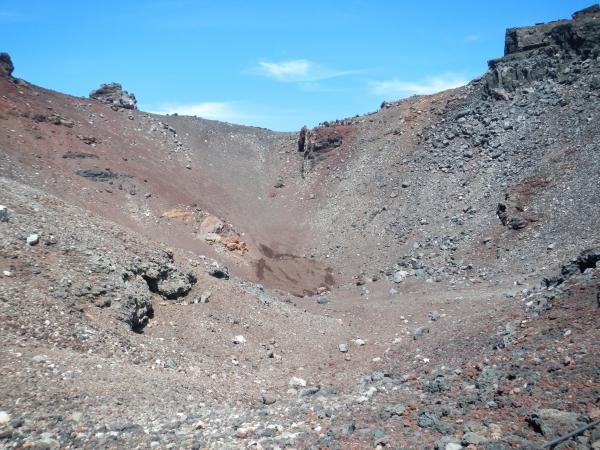 富士山 060雷岩・小内院