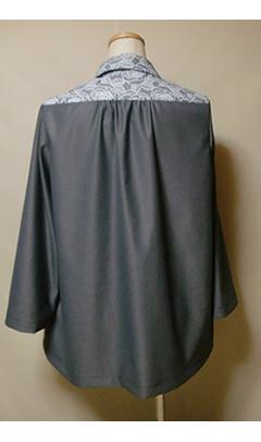 ブラウスジャケット