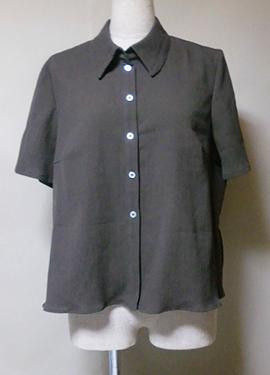 縮 (ちぢみ) でシャツ