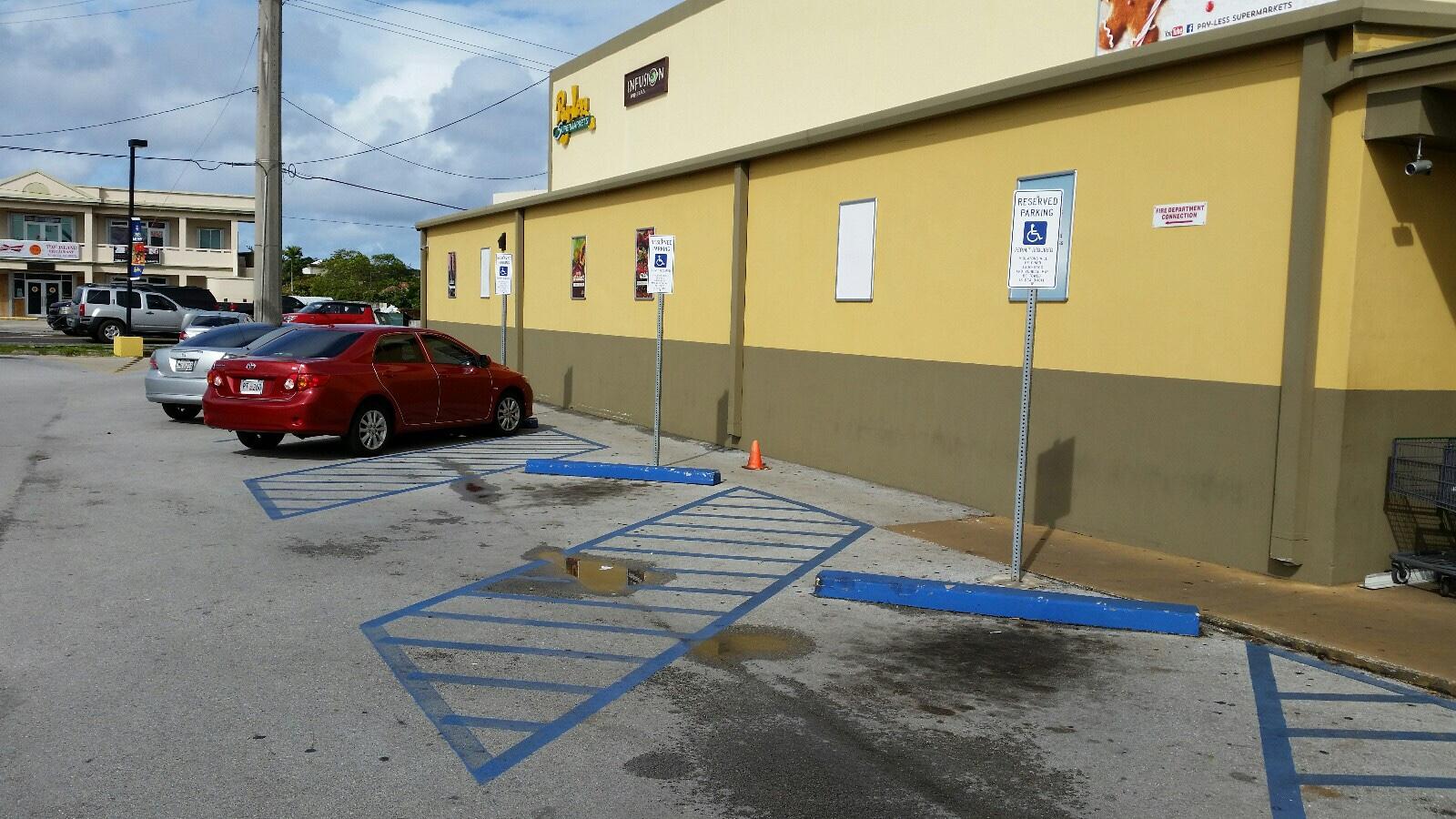 グアム Disable Parking