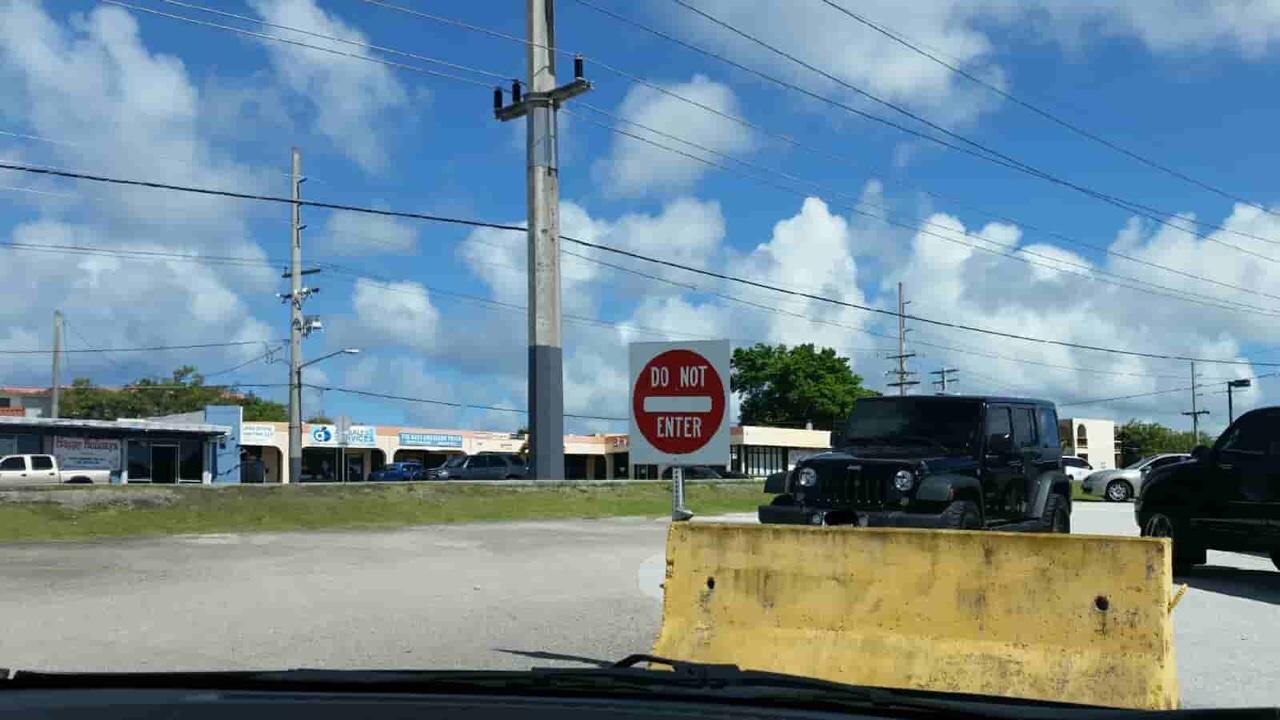 アメリカ グアム 標識 Do Not Enter