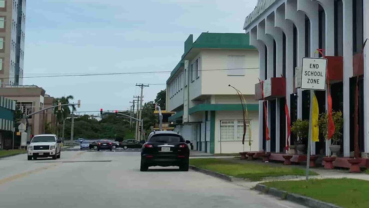 アメリカ グアム 標識 End School Zone