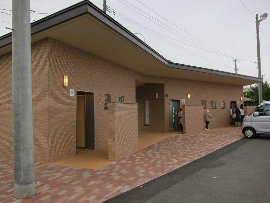 館鼻岸壁公衆トイレ