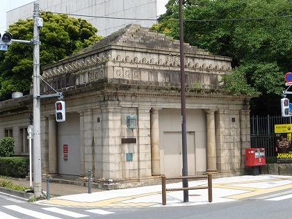 博物館動物園駅01