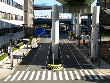 中公園駅07