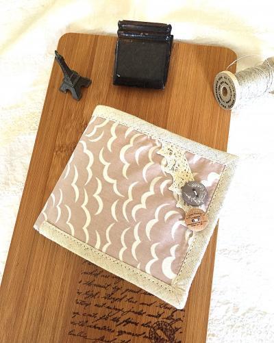リバティ Puffで作った二つ折り財布