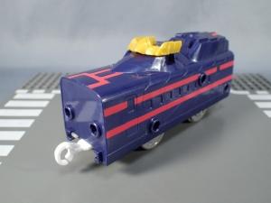 新幹線変形ロボ シンカリオン DXS08 ブラックシンカリオン 黒い新幹線 シンカリオンモード (13)