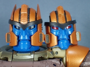 トランスフォーマー マスターピース MP-41 ダイノボット(ビーストウォーズ) ロボットモード (23)