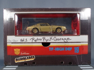 SDCC 2018 Bumblebee Retro Rock Garage Gold Bumblebee (6)