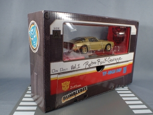 SDCC 2018 Bumblebee Retro Rock Garage Gold Bumblebee (7)