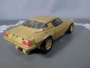 SDCC 2018 Bumblebee Retro Rock Garage Gold Bumblebee (11)
