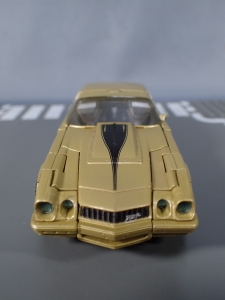 SDCC 2018 Bumblebee Retro Rock Garage Gold Bumblebee (13)