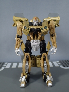SDCC 2018 Bumblebee Retro Rock Garage Gold Bumblebee (22)