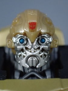 SDCC 2018 Bumblebee Retro Rock Garage Gold Bumblebee (25)