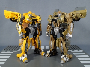 SDCC 2018 Bumblebee Retro Rock Garage Gold Bumblebee (27)