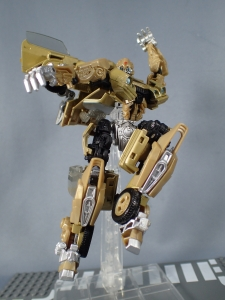 SDCC 2018 Bumblebee Retro Rock Garage Gold Bumblebee (31)