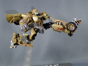 SDCC 2018 Bumblebee Retro Rock Garage Gold Bumblebee (32)