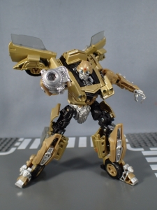 SDCC 2018 Bumblebee Retro Rock Garage Gold Bumblebee (38)