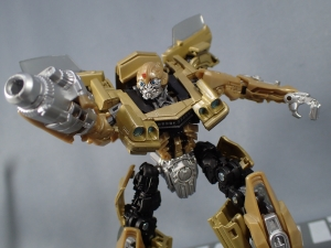 SDCC 2018 Bumblebee Retro Rock Garage Gold Bumblebee (39)