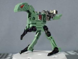 SDCC 2018 Bumblebee Retro Rock Garage Dailu Uruaz (14)