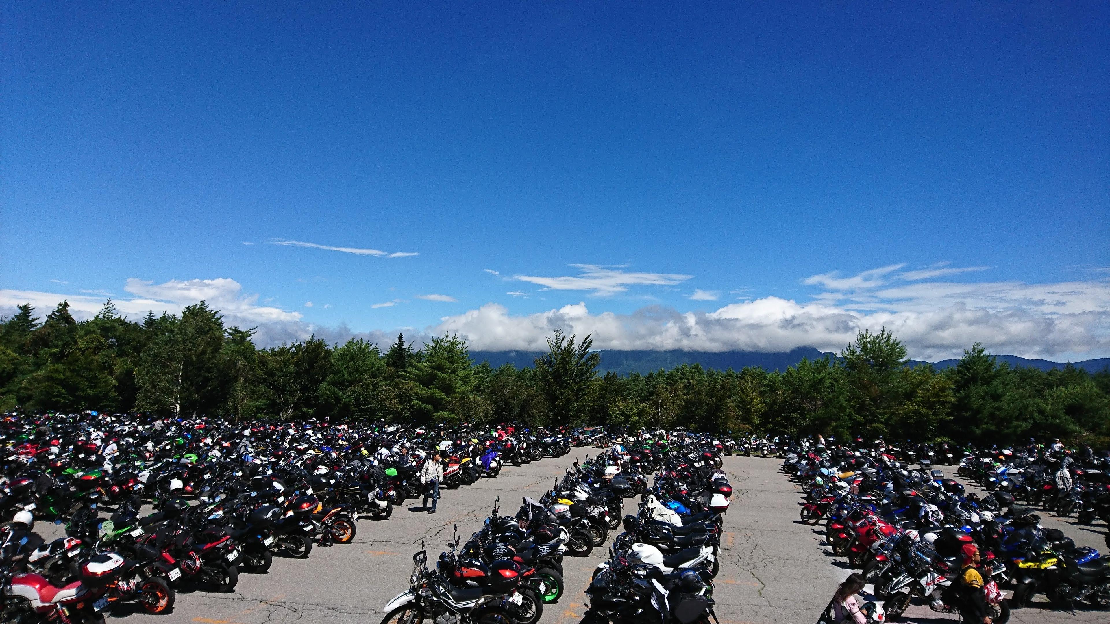 バイク駐車場2